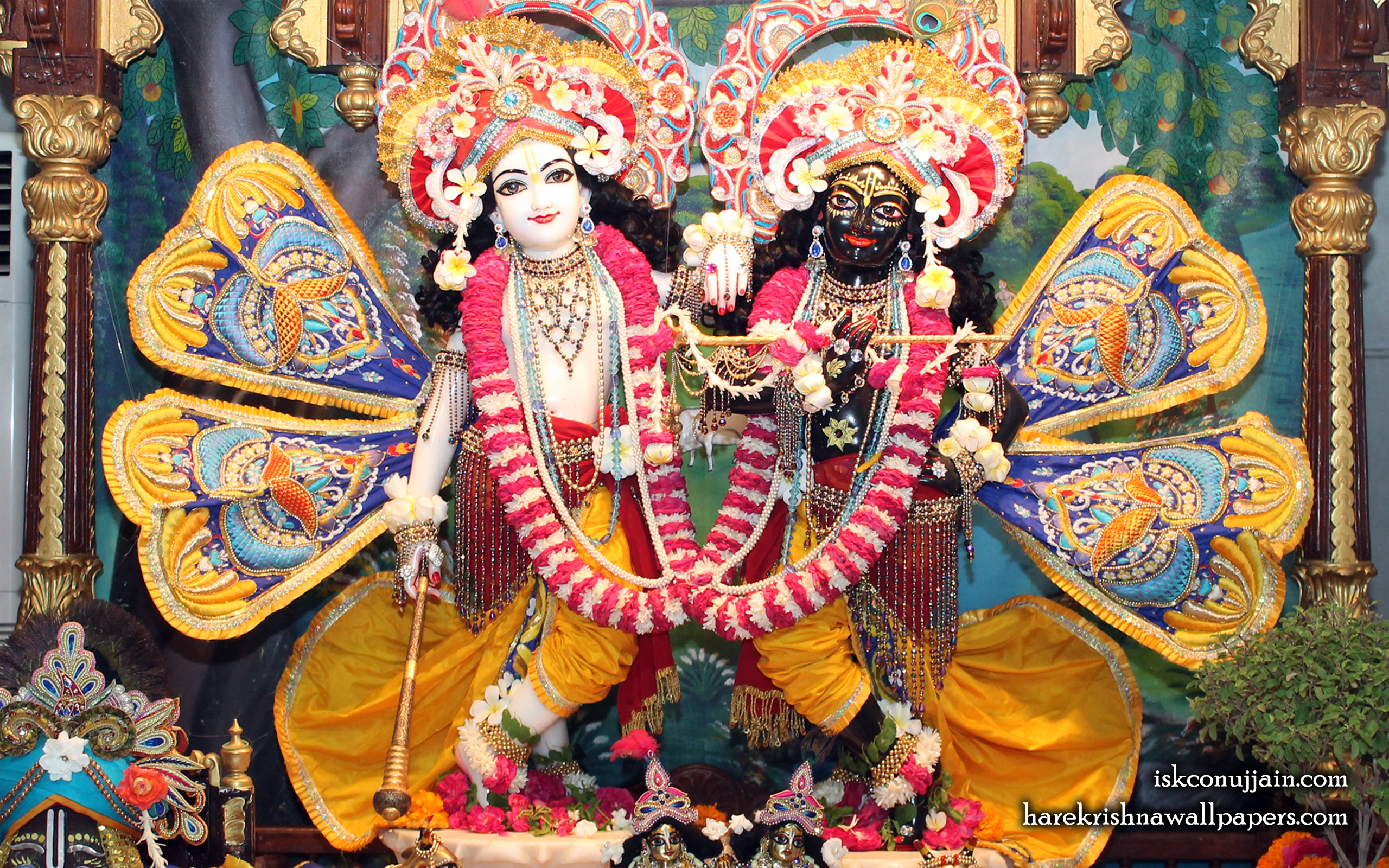 Sri Sri Krishna Balaram Wallpaper (011) Size 2560x1600 Download