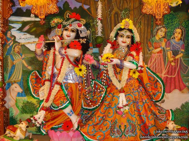 Sri Sri Radha Giridhari Wallpaper (004)