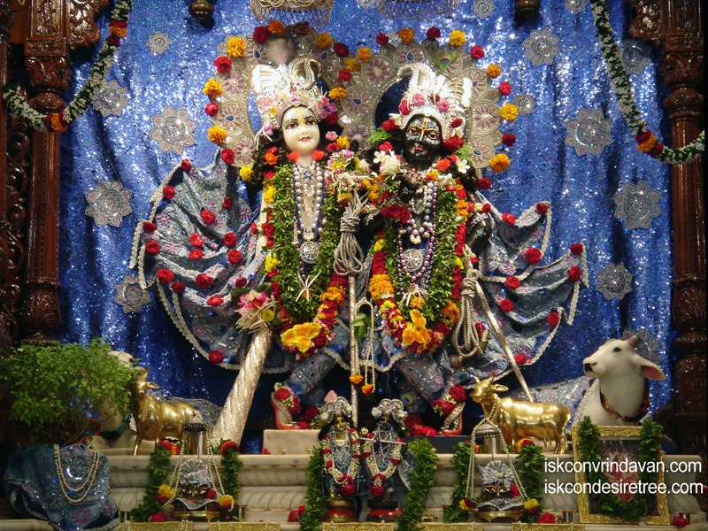 Sri Sri Krishna Balalram Wallpaper (027)
