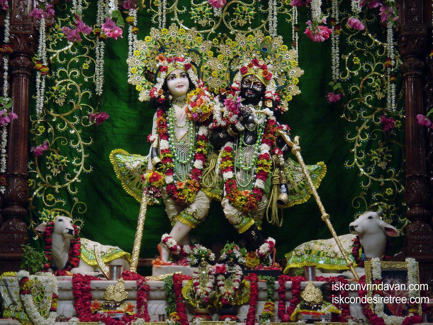 Sri Sri Krishna Balaram Wallpaper (056) Size 1400x1050 Download