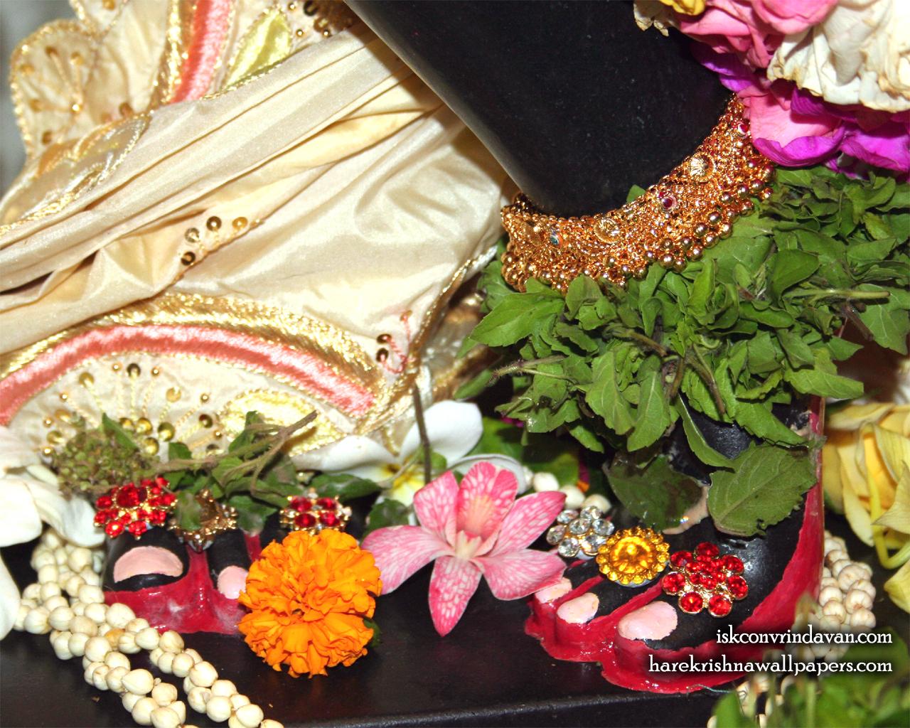 Sri Shyamsundar Feet Wallpaper (001) Size 1280x1024 Download