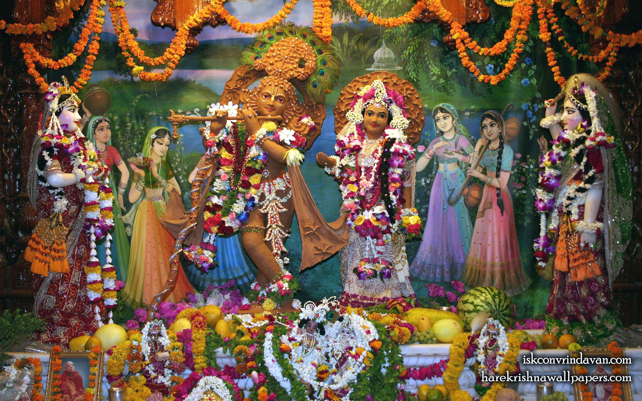 Sri Sri Radha Shyamsundar with Lalita Vishakha Wallpaper (001) Size 2560x1600 Download