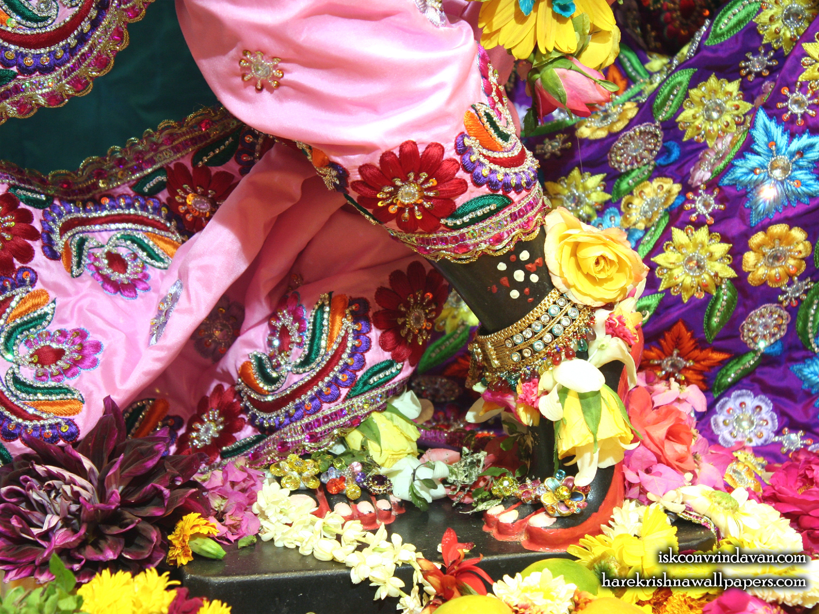 Sri Shyamsundar Feet Wallpaper (002) Size1600x1200 Download