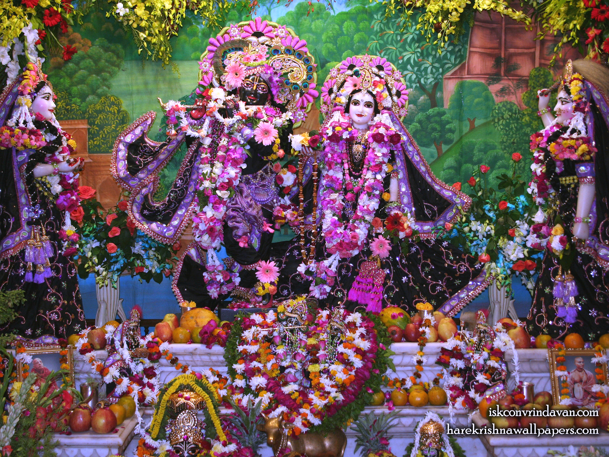 Sri Sri Radha Shyamsundar with Lalita Vishakha Wallpaper (003) Size 2400x1800 Download