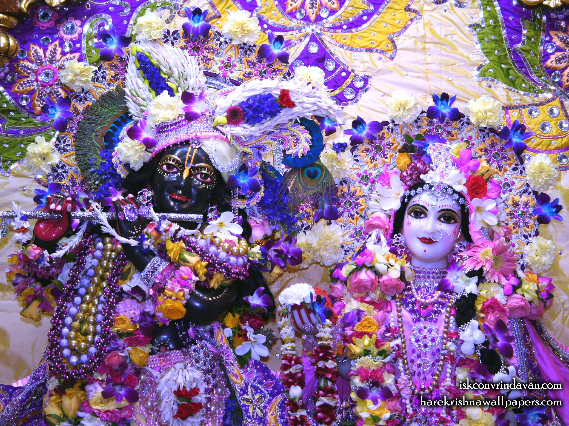 Sri Sri Radha Shyamsundar Close up Wallpaper (007) Size 2400x1800 Download