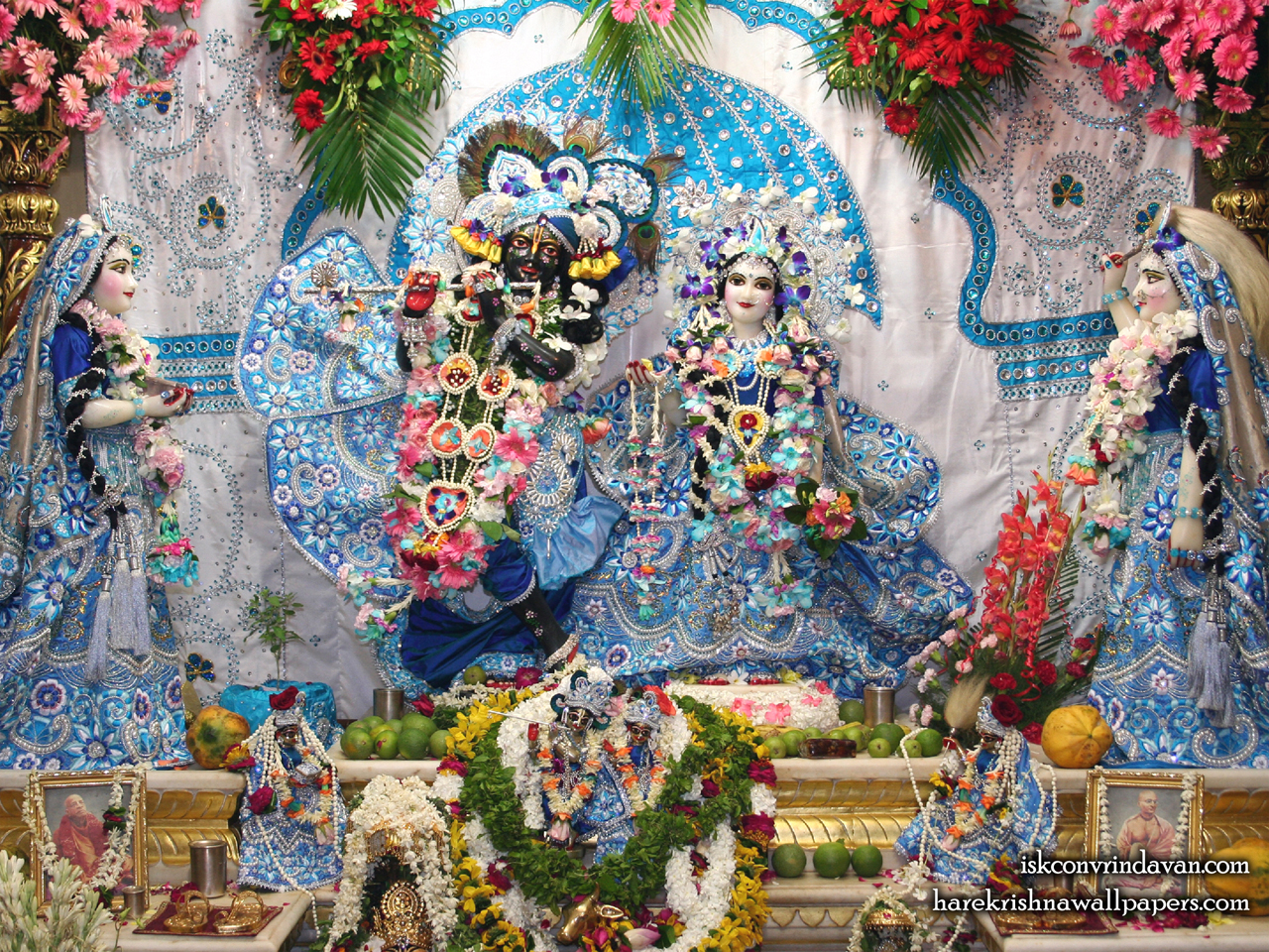 Sri Sri Radha Shyamsundar with Lalita Vishakha Wallpaper (007) Size 1280x960 Download