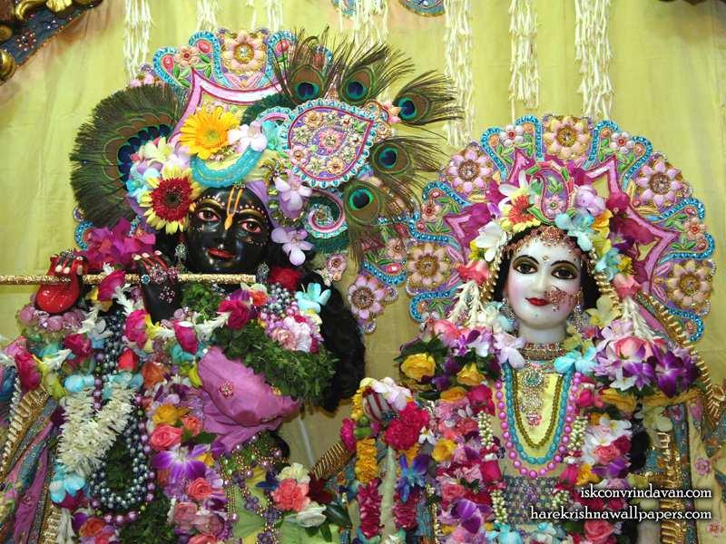 Sri Sri Radha Shyamsundar Close up Wallpaper (011)